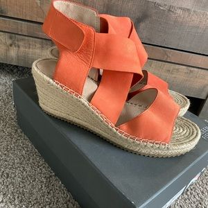 Eileen Fisher Coral Wedges Size 8